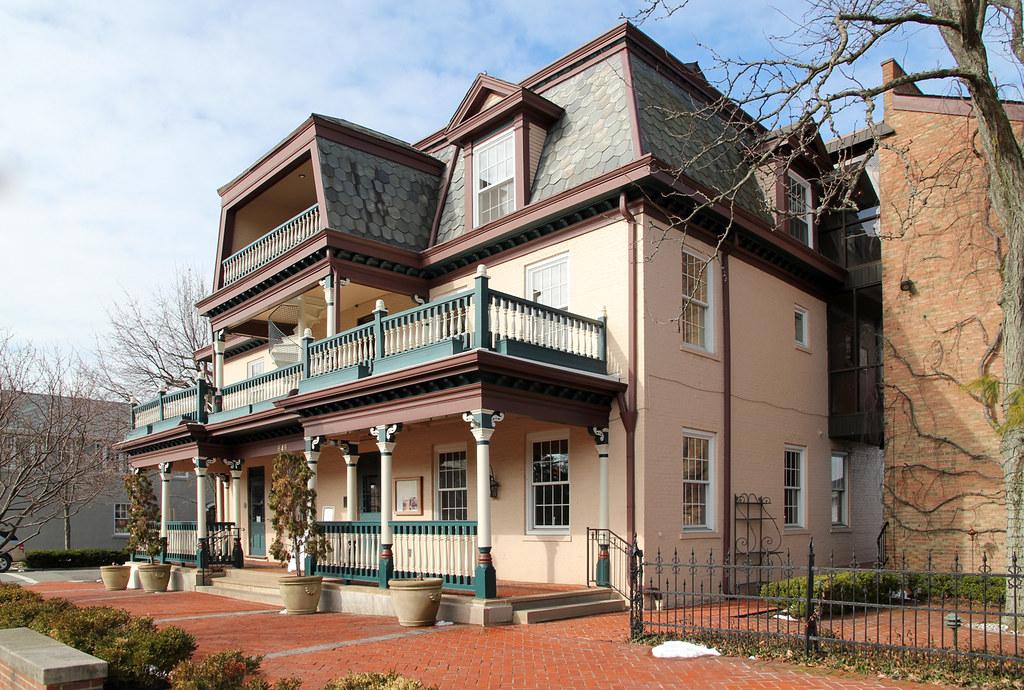 worthington historic district ohio tripcarta. Black Bedroom Furniture Sets. Home Design Ideas