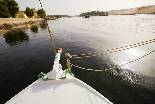 sunset egypt nile aswan nubia 日落 felucca 埃及 帆船 尼罗河 阿斯旺 三角帆 三桅 努比亚