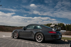 automobile, automotive exterior, porsche 911 gt2, wheel, vehicle, performance car, automotive design, porsche 911, porsche, land vehicle, luxury vehicle, coupã©, supercar, sports car,