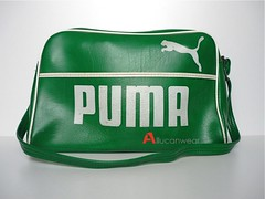 b24296760f VINTAGE PUMA SPORTS BAG   SHOULDER BAG