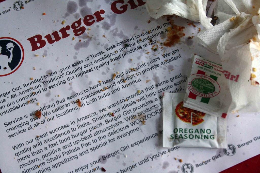 City Hangout – Burger Girl, Daryaganj