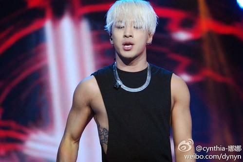 Taeyang-YoungChoiceAwards2014-Beijing-20141210_HQs-11