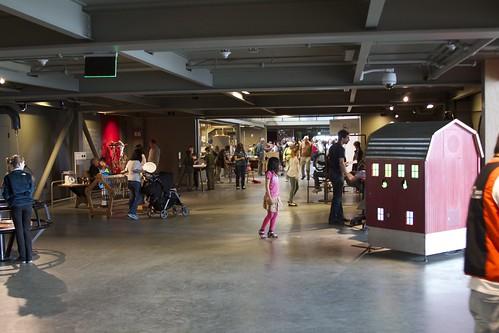 Open areas between exhibits