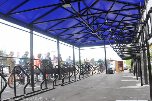 Daimler bike shelter opening-26