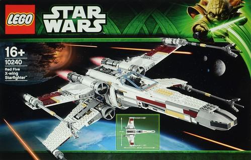 Review 10240 UCS X Wing Starfighter Brickset LEGO Set