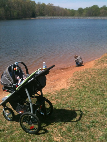 Graco stroller lake