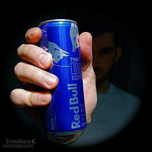 selfportrait dof redandblue redbull inmyhand squareframe blueedition energydrinkcan tomitheosphotography