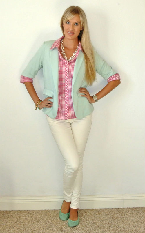 Outfit: pink gingham + mint