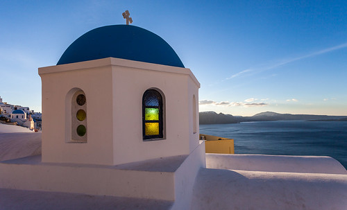 blue church sunrise october santorini greece dome oia allrightsreserved gettyimages egeo 2013 carlfredrickson ©carlfredrickson2013 cfredricksonphotographycom