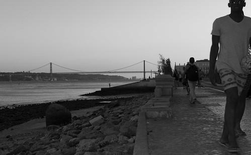 Puente 25 de Abril desde la Plaza del Comercio.  Lisboa
