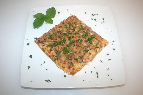 16 - Flammkuchen aus Filoteig / Tarte flambé with phyllo pastry - Serviert