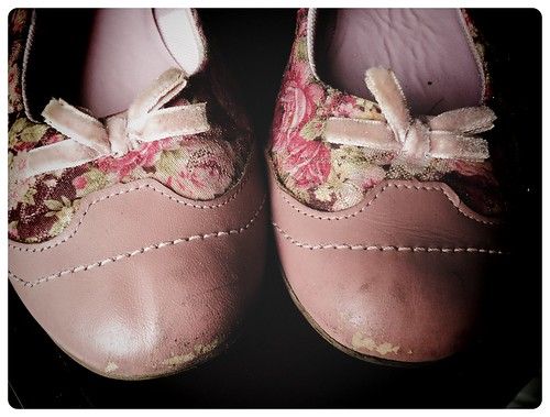 98/365 - My old shoes makes me Happy!