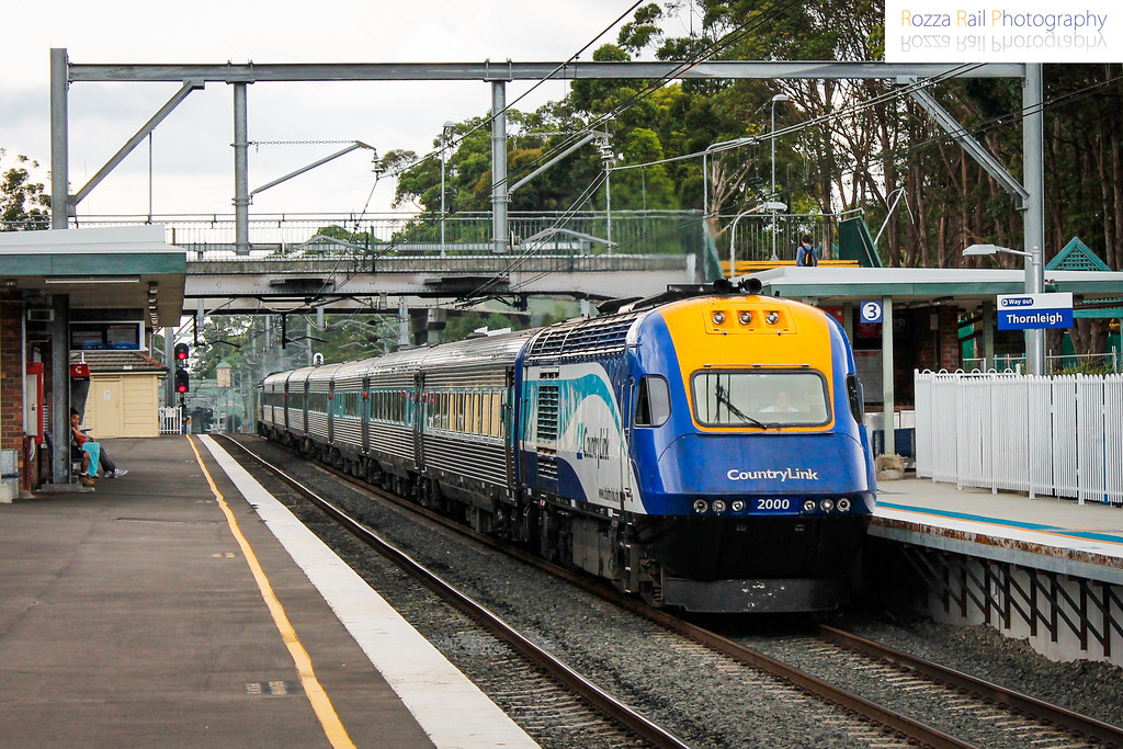 XPT flies through by Roy