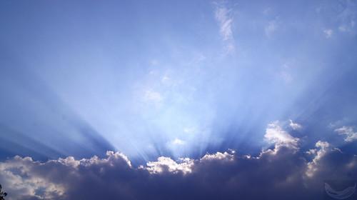 city blue sunset sky sun white primavera luz sol azul clouds mexico daylight spring df day shadows earth shades dia cielo nubes rays puesta federal blancas sombras tierra rayos distrito tonos 2013 flickrestrellas