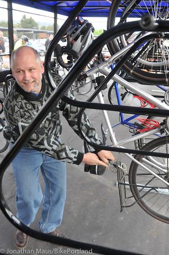 Daimler bike shelter opening-30