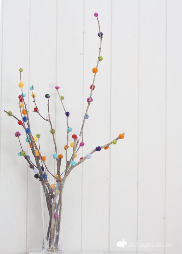 Ramas decoradas con lana fieltrable y mini jard n - Ramas decoradas ...