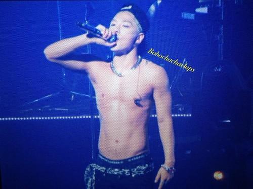 Taeyang_Kobe-Day1_20140820 (4)