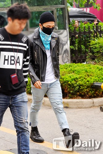 Taeyang BIGBANG KBS Music Bank arrival 2015-05-15 PRESS013