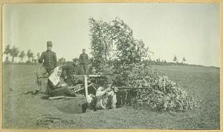 Een Belgische mitrailleursstelling in de eerste maanden van Wereldoorlog I | An improvised machine gun position of the Belgian army in the first months of the First World War