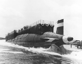 A stern view of the USS Thresher on launch day.