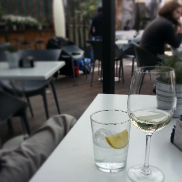 Tarde de ribeiro y gin tonic para ir bien preparada a la compra semanal.