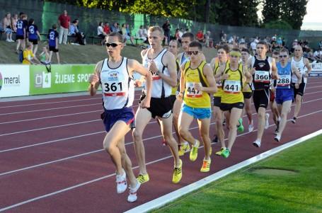 Součástí dráhového mistrovství republiky na 10 000 metrů bude veřejný závod