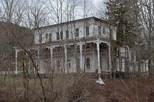 abandoned hotel lexingtonny greenecountyny