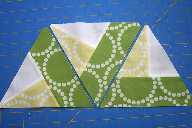 IMG_21Bloom Bloom Pow Triangle Piecing00