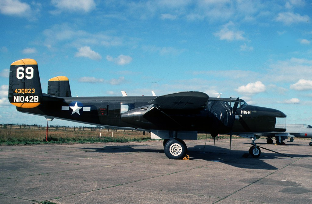 B-25 Mitchell: N1042B North Weald