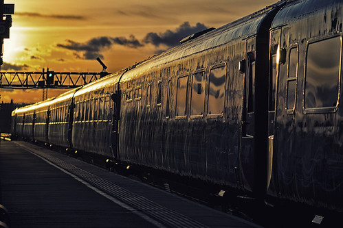 sunset england station train nikon carriage swindon platform railway wiltshire greatwestern