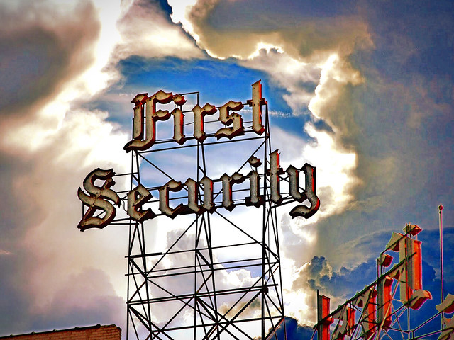 Salt Lake City  ~ Utah ~ First Security ~ Scaffold Neon Sign ~ Lost