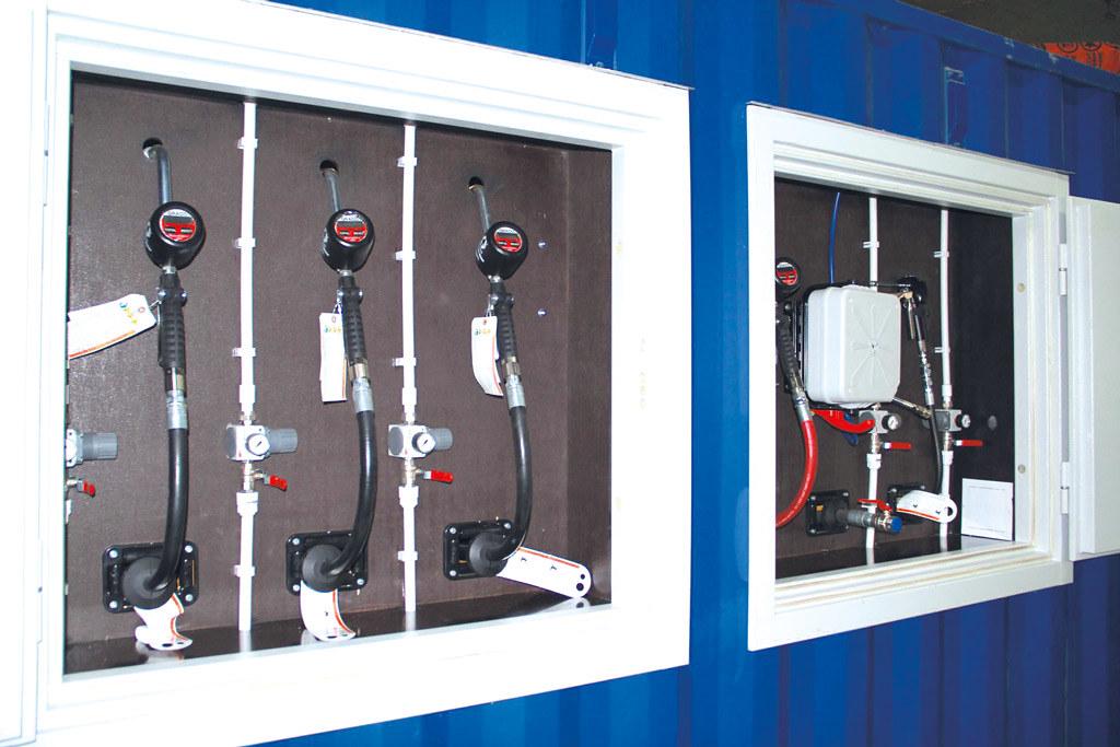 Мобильный маслораздаточный модуль на базе контейнера