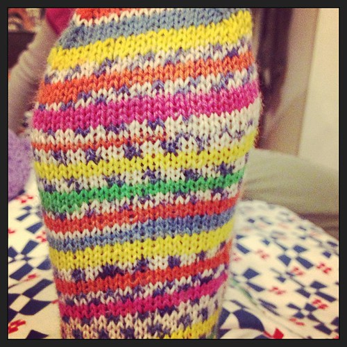Il primo é pronto #sock #yarn #lavoroamaglia #kint