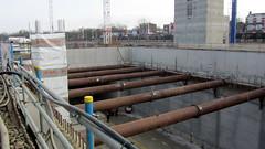 reinforced concrete(0.0), waterway(0.0), pipeline transport(1.0), iron(1.0), construction(1.0),