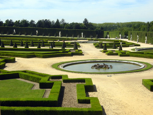 Touring the Palace and Park of Versailles