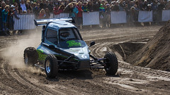 auto racing, automobile, racing, vehicle, sports, race, dirt track racing, off road racing, motorsport, off-roading, off-road vehicle, all-terrain vehicle, race track, mud,