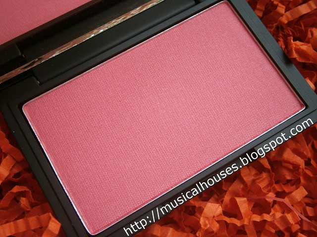 sleek flamingo blush