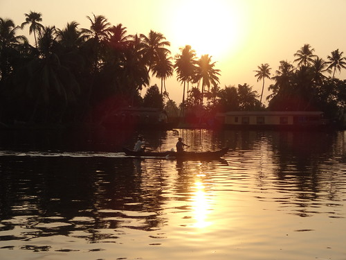 morning sunrise kerala backwaters alleppey