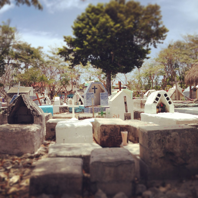 Tulum_Graveyard
