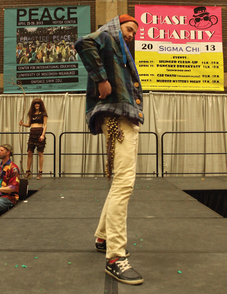 EARTH DAY RUNWAY with MADAM CHINO and FRIENDS 2013