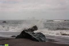 Splashin' On a Rock