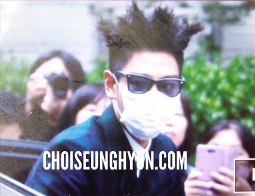 BIGBANG KBS Music Bank arrival 2015-05-15 cr on pic 006