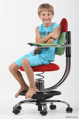 Great chair ideas for young boys, classrooms and kids rooms at SpinaliS Canada
