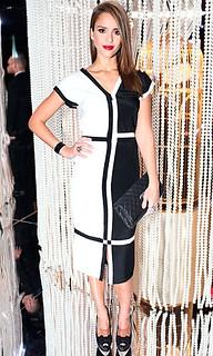 Jessica Alba Monochrome Trend Celebrity Style Women's Fashion