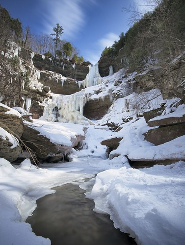 longexposure usa snow ny waterfall stream day hunter catskills palenville cascade kaaterskillfalls greenecounty hainesfalls kaaterskillcreek kaaterskillclove twotiered