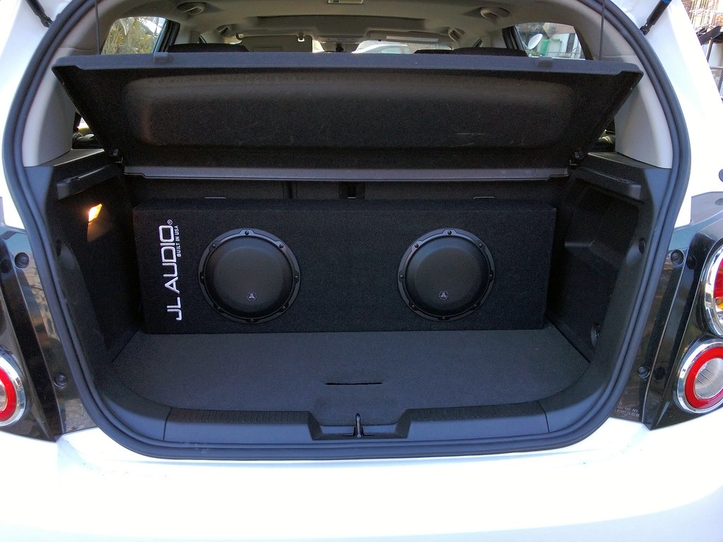 Virginia Car Audio Installation Experts - Sonic Sound» Arlington Areas. If you are looking for a car audio installation in Arlington, VA, our professional and experienced installers are what you need. Contact Sonic Sound t Car stereo, car audio, car stereos, custom car audio, car audio system, car audio systems.