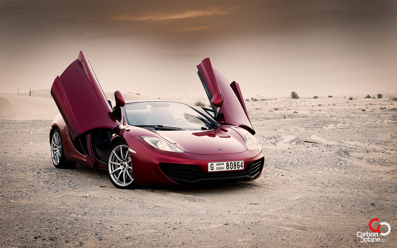2013_McLaren_MP4-12C-2.jpg