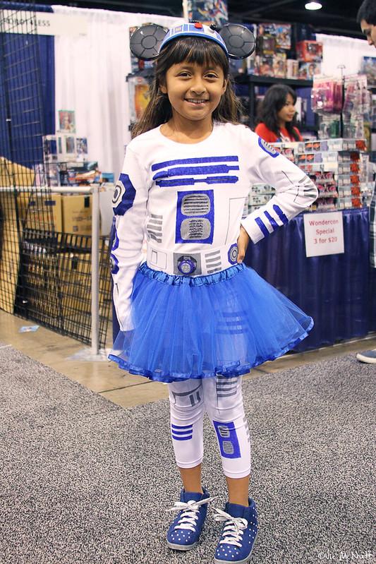 R2-D2 Girl