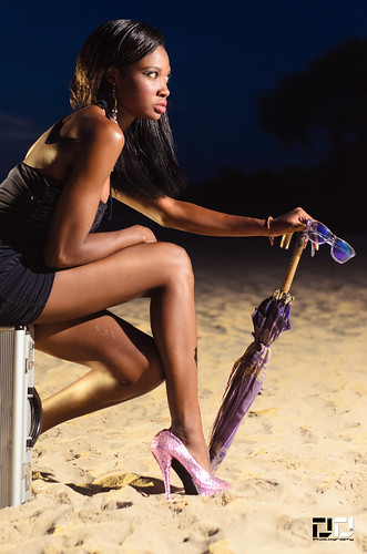 africa sunset hot beach umbrella pose nikon legs ghana accra sacky d7000 dextdee efyah