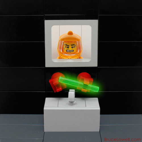 LEGO Radioactive Glovebox